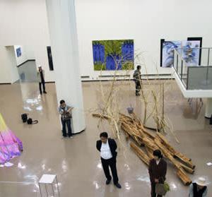 """2014"""" ノー・ウォー横浜展""""(第12回)への若生のり子の出品作品「Sharing the Waves]"""
