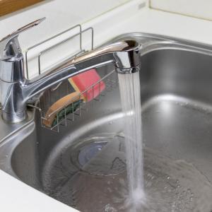 キッチンの排水がつまる【困ったときの対処方法】