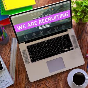 求職者の集まる人気でおしゃれな採用サイトはこれだ!