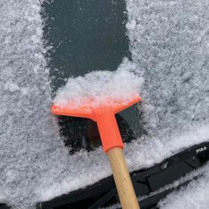 フロントガラスの雪の除去(フロントガラスの凍結)