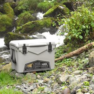 【アイスランドクーラーボックス】のサイズ、価格、保冷能力、特徴をまとめました