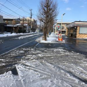雪国のランナーの冬の練習その4(秋田市内中心部融雪歩道)