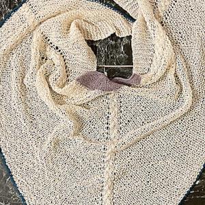 Bat wing shawl リリース!