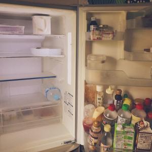 【Vlog】すっからかん冷蔵庫の食品の収め方