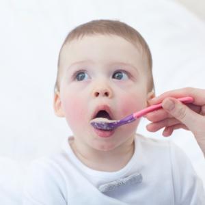 赤ちゃんにご飯をあげる時、気をつけている事はありますか?僕が気をつけている事を教えます!