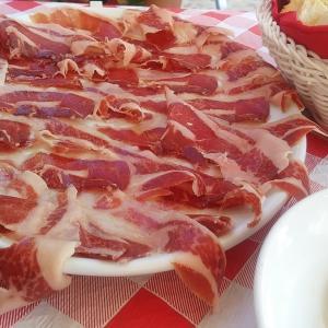 サラマンカで美味しい物を食べる旅 Candelario(カンデラリオ)編