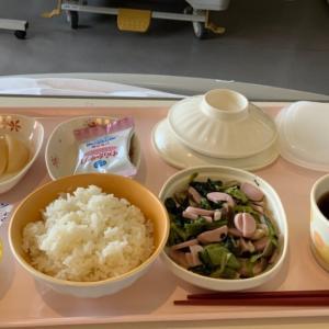 病院食 魚肉ソーセージと海苔の朝食