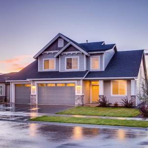 【悲報】住宅ローンは生涯払う.持ち家はリスクに?