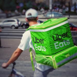 【Uber】配達員増えすぎ.今後も増えてレッドオーシャンに.