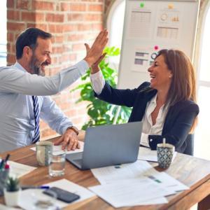 就職に資格は大事・でも働いてからはコミュニケーションが仕事環境を良くするということ【仕事関係】