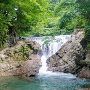 夏こそ涼しく渓流釣り♪初心者女子から上級者まで楽しめる雰囲気満点の管理釣り場!【うらたんざわ渓流釣場】(神奈川県相模原市)