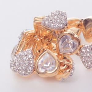 婚約指輪は本当に必要なの?その答えは?判断基準を解説!