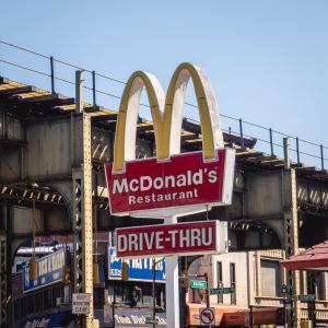 日本マクドナルドの好決算に称賛の声が相次いだ!