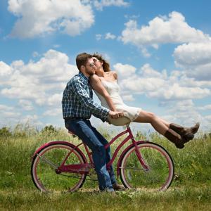 パートナーに、旦那様に、何度も恋をさせる女性の秘密。