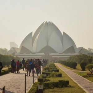 多様な宗教が信仰されるインドの首都デリーで訪れたいおすすめの宗教寺院を3つ紹介!