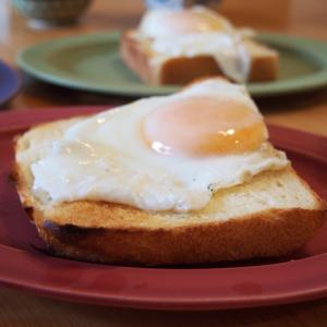 食パン焼いてラピュタパン。ムラヨシマサユキさんの「家庭のオーブンで焼く食パン」から【ふわふわ角食パン】を作りました