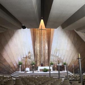 メキシコのよくある風景 –教会–