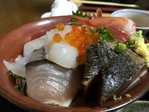 魚や翻車魚丸(まんぼうまる)ランチメニューの口コミレビュー【藤沢海鮮グルメ】