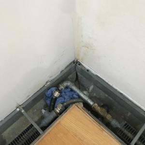 ☆水漏れから早1年・・・、修理がようやくスタート。