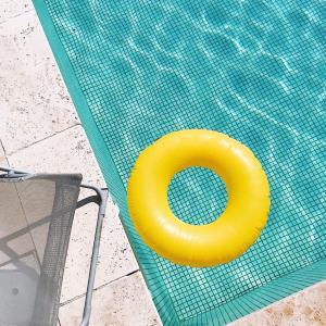 プール用の日焼け止め
