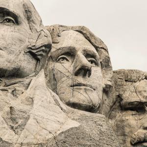 2020年11月3日はアメリカ大統領選挙。株価はどうなる?