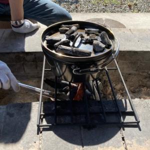 ユニフレームのダッチオーブンで鍋をしました