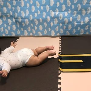 赤ちゃんの飛行機のポーズの時期は?成長への影響は?やらなくても大丈夫?などなどについてまとめました!