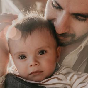 父親になったばかりの夫・旦那が育児ノイローゼに!?なりやすい人や原因、対処法を徹底調査!