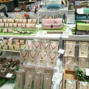 東急ハンズ梅田店「鳥とねこの雑貨展」始まりました