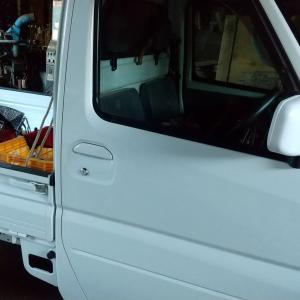 田舎暮らしの必需品 4WD軽トラックを買った 53万円也