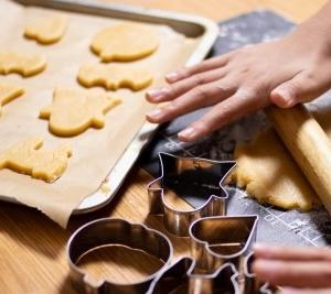 医者になりたい 乳幼児編 生地粘土でクッキーづくり。作って食べる。