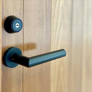 ドアを見にLIXILショールームへ