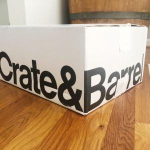 Crate and Barrelから届いたものは