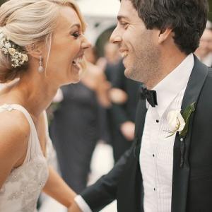 段ボールで結婚式⁉コロナでニュースタイルの結婚式が行われる