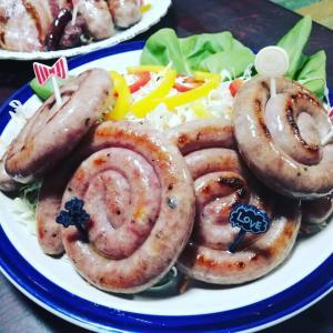 ガンバレ北海道!【お肉屋さんたどころ】明るく陽気なスタッフさんの手作りの味は…北から南まで元気を運んでくれると確信した!