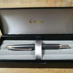 キャップレス デシモ はサラリーマンに最高の万年筆でした!!