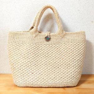この夏ハマったかぎ針編みの麻紐バッグ。