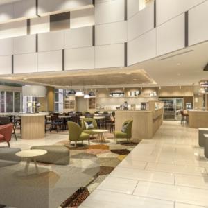 宿泊料金が15%も割引に!10月1日「ホリデイ・イン&スイーツ新大阪」オープン