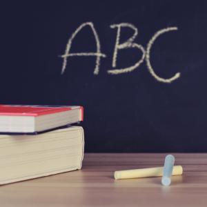 【失敗談】英会話スクールの初心者の選び方【オンラインと通学】