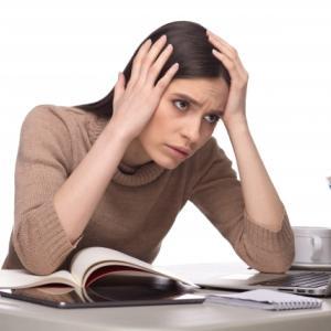 【髪】「ストレスで白髪が増えるは誤解」は誤解!?