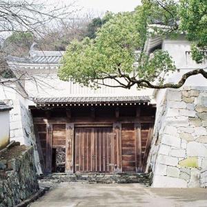 """<龍野城>の""""櫓門""""を巡る"""