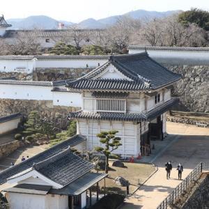 """<熊本城>の""""櫓門""""を巡る"""