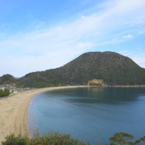 佐津海水浴場 ~山にはさまれた静かな海水浴場~