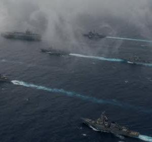 【米中決戦 2】 クソ中国 南沙諸島で海上封鎖を断行