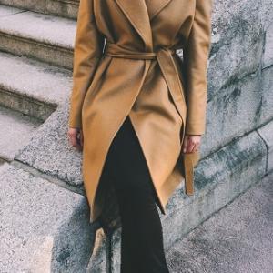「アンタイトル」と言えばコート?スーツ?