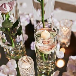 【結婚式で人気】お水の中に入った花『サブマージフラワー』が素敵すぎる!