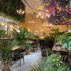 【静岡】ドライフラワーいっぱいのお洒落な花カフェ『カフェドフルール』