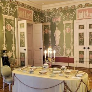 エカテリーナ宮殿の「アレクサンドル1世の客間」「緑の食堂」も見学