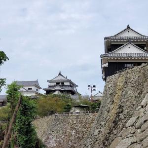 松山城本丸まで辿り着く方法で一番楽しめるリフトに乗る【愛媛旅行記⑥】
