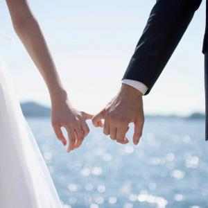 【内閣府】新婚生活60万円補助へ、少子化対策で倍増